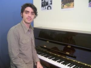 Quinn The Piano Teacher